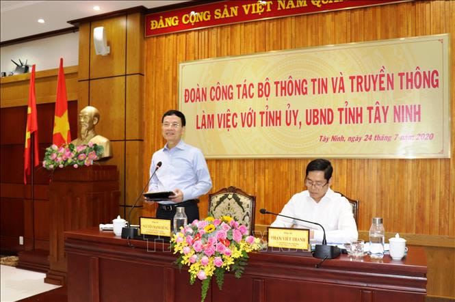 Bộ trường Bộ Thông tin truyền thông phát biểu tại Tây Ninh